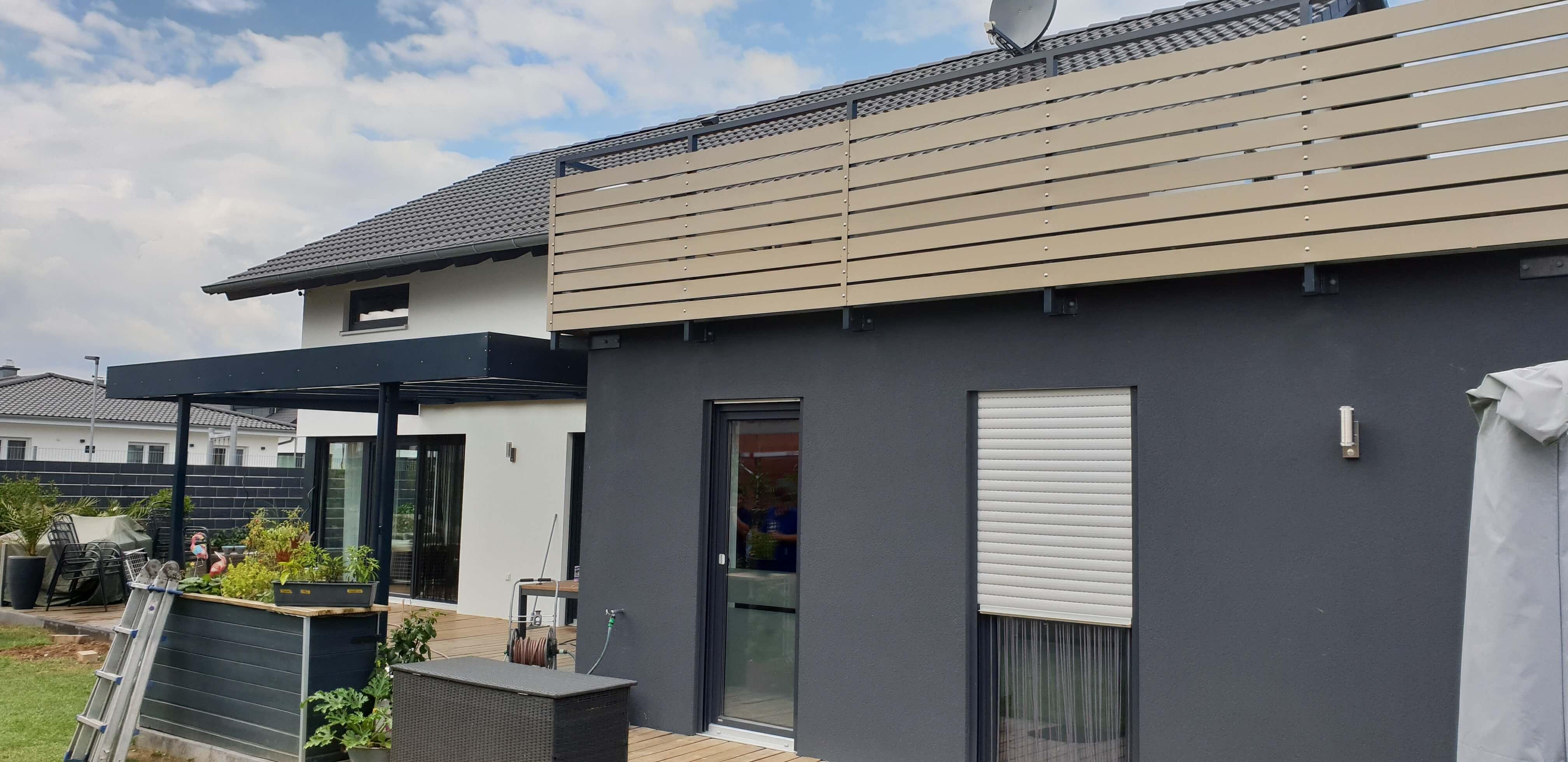 Terrassenüberdachung und Aluminiumgeländer (2) Schlosserei Schad