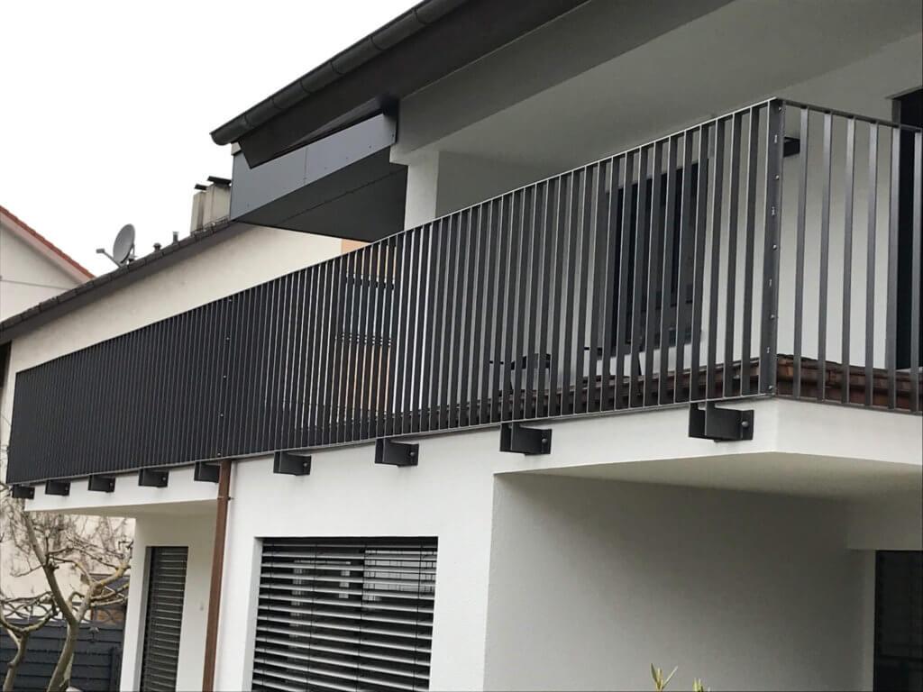 Montage Balkon Zirn Schlosserei Schad (12)